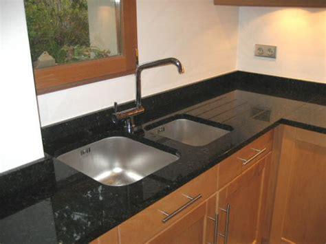 cuisine granit plan travail cuisine granit design d 39 intérieur et idées