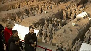 Macron Calls on Europe to Join $1 Trillion Silk Road ...