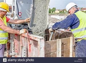 Beton In Form : steel truss truck stockfotos steel truss truck bilder alamy ~ Markanthonyermac.com Haus und Dekorationen