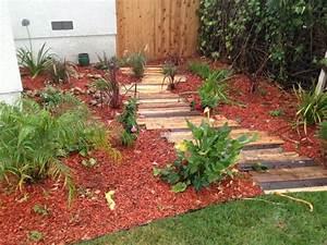 Gartenweg Anlegen Kies : 42 kreative upcycling ideen wie man den eigenen gartenweg ~ Lizthompson.info Haus und Dekorationen