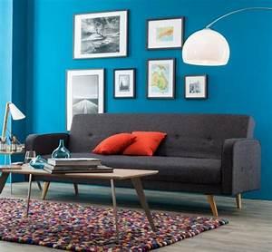 wohnen mit farbe wandfarbe in modernem blau bild 4 With balkon teppich mit retro tapete türkis