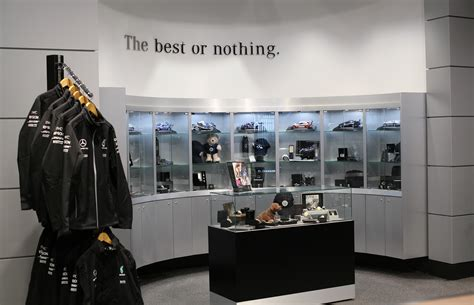 mercedes benz opens  shop  markville mall canadian