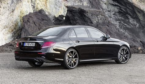 Mercedes Amg 4matic by Mercedes Amg E 43 4matic Sports Sedan Revealed