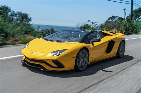 lamborghini aventador s roadster technische daten 2018 lamborghini aventador s roadster first drive one of a kind motor trend