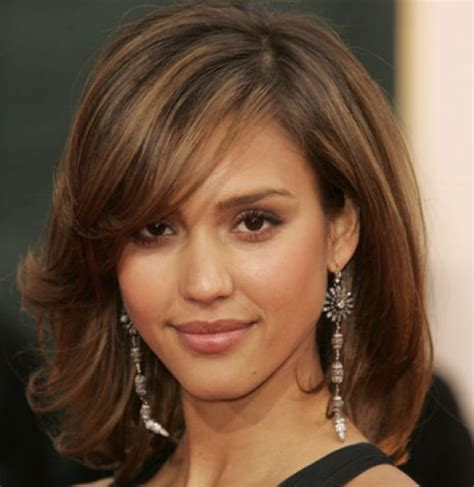 jessica albas medium length bob hairstyle evening