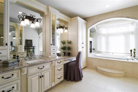 Home Design Ideas Photo Gallery by 25 Great Ideas And Pictures Of Traditional Bathroom Wall Tiles