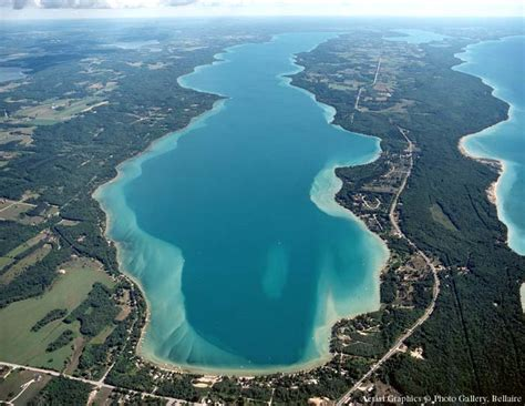 It is located at the entry from lake superior to the portage canal. 4th of July Boat Parties in Michigan: Torch Lake, Portage ...