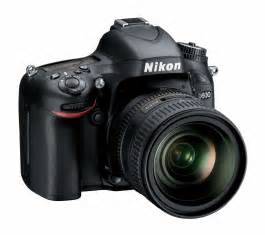 D610 DSLR Camera with 24-85mm Lens