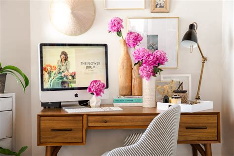Office Desk Flowers by 3 Home Office Makeovers Front