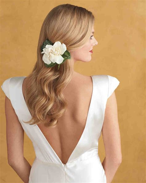 20 Wedding Hairstyles with Flowers Wedding hair down
