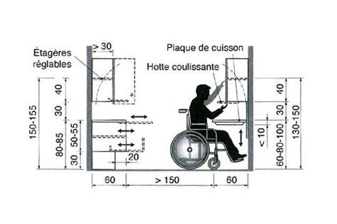une cuisine am 233 nag 233 e pour un fauteuil roulant c 244 t 233 maison