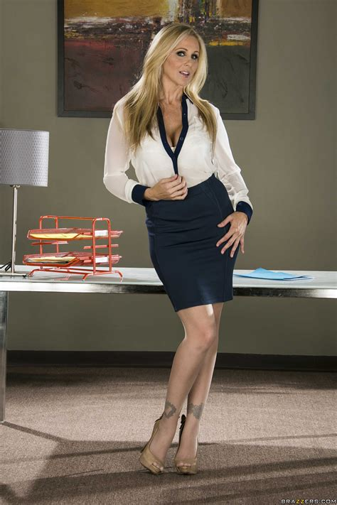 Julia Ann Pornstars Wearing Clothes