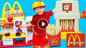 MCDONALD'S HAMBURGER MAKER & Happy Meal Magic McDonald's ...