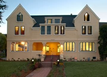 Small Group Houses | Stanford R&DE