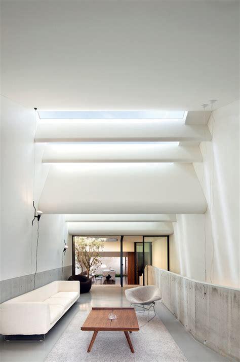Dachluke Haus by Skylight House Sydney Chenchow Yellowtrace
