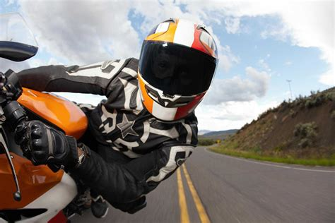 A Guide To Motorcycle Safety Gear And Clothes