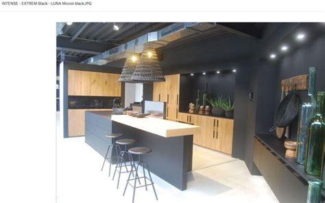 meuble cuisine en pin cuisine en bois et laque épurée contemporaine avec