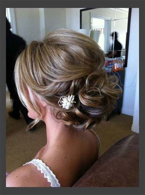 bridesmaid hairstyles for medium length hair hairstyle