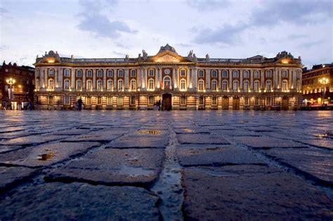 bureau de change toulouse capitole 1000 idées sur le thème ville de carcassonne sur