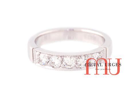 vintage white diamond and 18ct white gold wedding ring