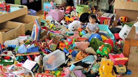 astuce pour ranger sa chambre une astuce pour mieux ranger les jouets dans la chambre de