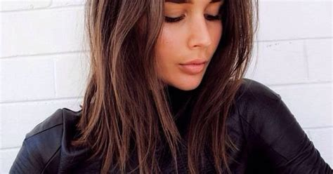 Save This For 25 Medium Length Hairstyle Ideas, Like This