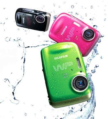 fujifilm finepix zwp waterproof camera itech news net