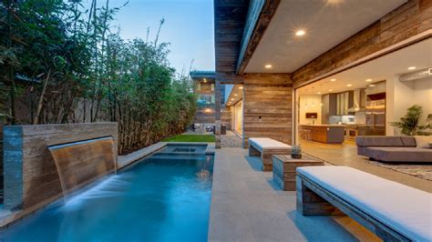 30 Beautiful House Pool Design Ideas
