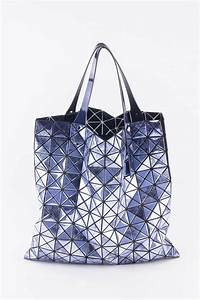 Issey Miyake Tasche : frida frankfurt high fashion store tasche metallic flieder ~ Avissmed.com Haus und Dekorationen