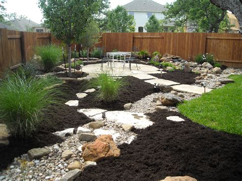 landscapes by design dry creek beds 171 greeneraustin com