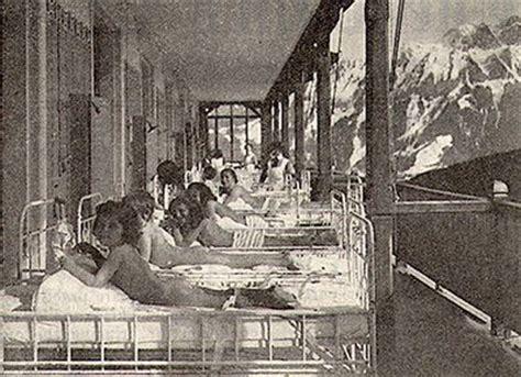 097_swiss_sun_treatment Children take sun at a sanatorium