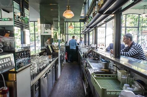 largeur comptoir bar agencer un bar inox