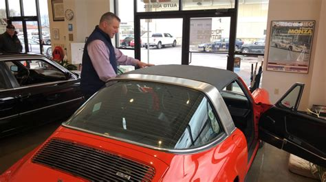 This extremely rare 1990 porsche 911/964 targa was fully restored and as a result in showroom condition. 1972 Porsche 911T - Targa Top Removal and Folding Procedure Auto Assets - YouTube