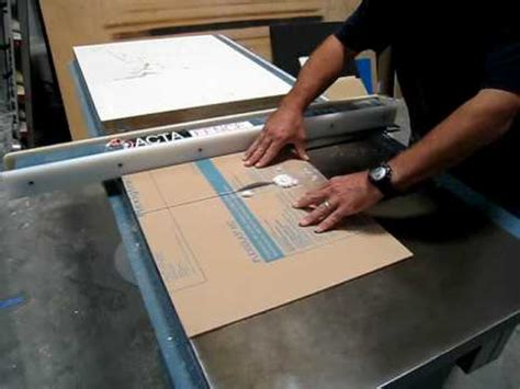 cutting acrylic sheet with a table saw