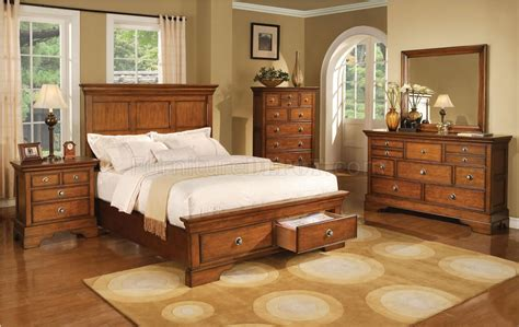 Light Colored Bedroom Furniture by Light Brown Finish Traditional Style Bed W Optional Casegoods