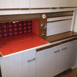 70er Jahre Möbel : k chenbuffet 70er jahre m bel z rich vintagem bel ~ Markanthonyermac.com Haus und Dekorationen