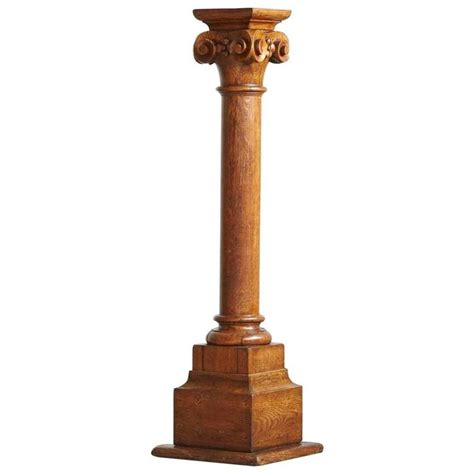 Pedestal Building by 19th Century Oak Corinthian Style Column Or Pedestal At