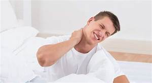 choosing the best pillow to minimize neck and back pain With best pillow to prevent stiff neck