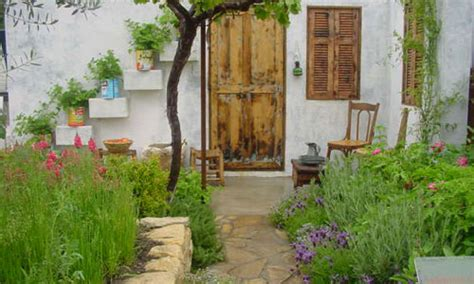 gardening flower shows lebanese courtyard