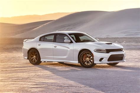 Charger Hellcat Or Challenger Hellcat by 2015 Dodge Charger Srt Hellcat Front Three Quarter 09 Photo 11