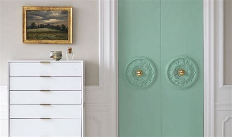 Decorate Cupboard Doors by Top 10 Awesome Closet Door Makeover Projects Top Inspired