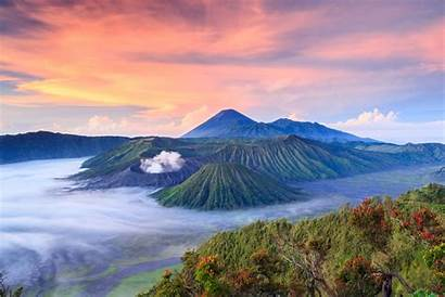 Indonesia Travel Indonesian Flag Tourists Guide