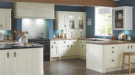 b q country style kitchen kuhinjski elementi kuhinjski elemeti so zagotovo srce 4218