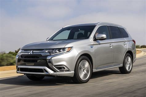 It was originally known as the mitsubishi airtrek when it was introduced in japan in 2001. 2021 Mitsubishi Outlander Gets New Plug-in Hybrid ...