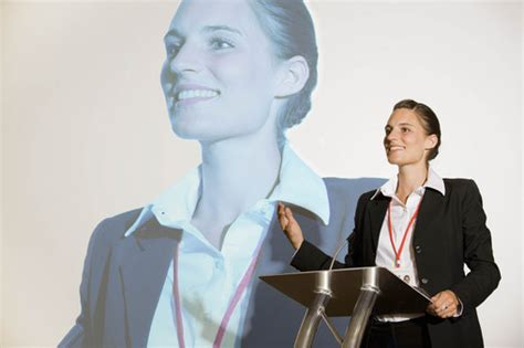 key body language techniques  public speaking