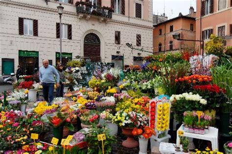 co di fiori rome co dei fiori roma picture of co de fiori rome
