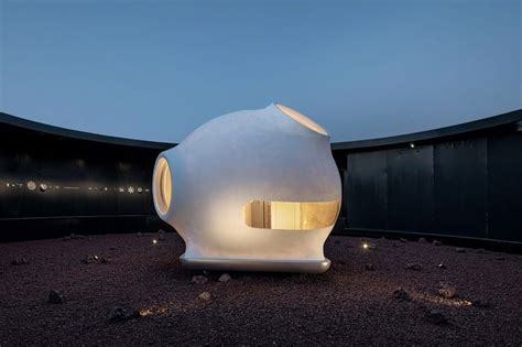 Otherworldly Red Planet Architecture