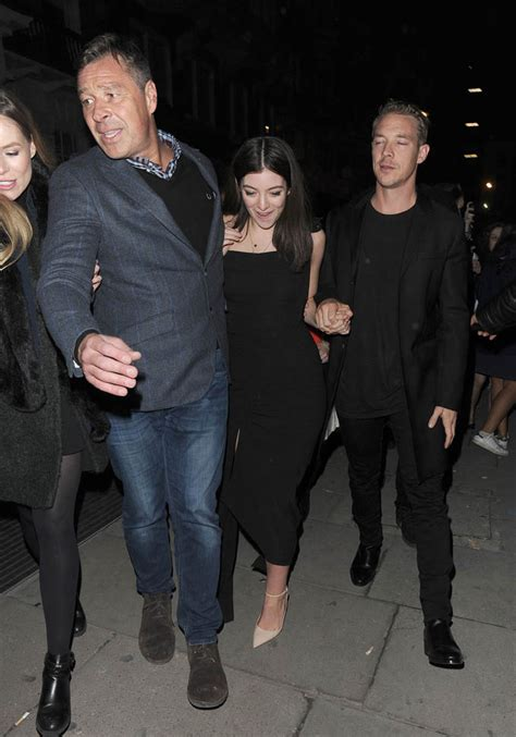 lorde  diplo hold hands   brit awardslainey