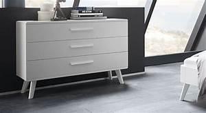 Kommode Massivholz Weiß : wei e kommode im stil der 60er jahre mit drei schubladen pori ~ Eleganceandgraceweddings.com Haus und Dekorationen