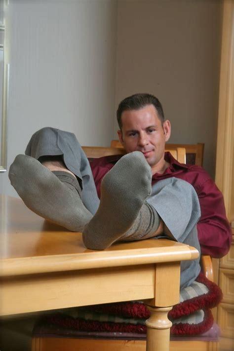 pin  maxx  mens feet mens socks socks black socks